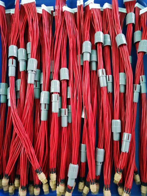 Plastic conenctor cable assemblies